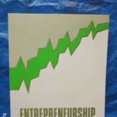 Libros de segunda mano: ENTREPRENEURSHIP - JOAN B. RENART I CAVA. / LIBRO EN EXCELENTE ESTADO, DEDICADO Y FIRMADO POR AUTOR. Lote 200507108