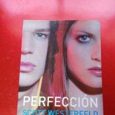 Libros de segunda mano: LIBRO-PERFECCIÓN-SCOTT WESTERFELD-VE FOTOS. Lote 203085967