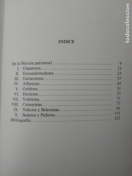 Libros de segunda mano: Oficios artísticos murcianos Miguel López-Guzmán L. Editora regional de Murcia 1985 - Foto 10 - 203575228