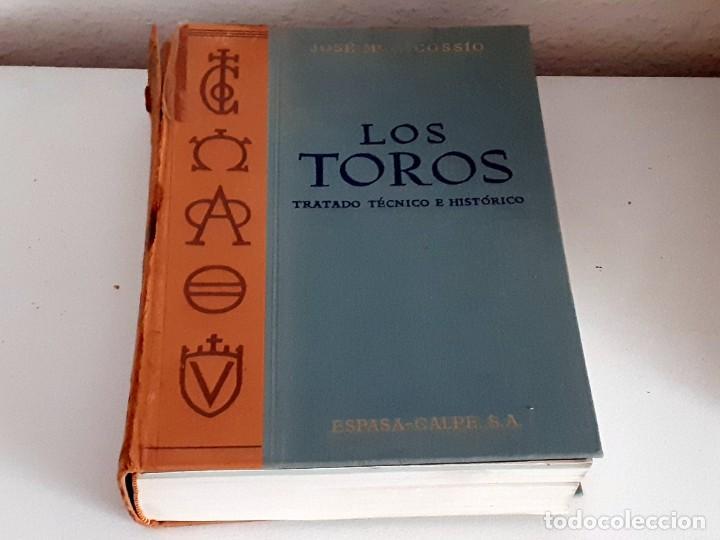 Libros de segunda mano: LOS TOROS TRATADO TECNICO E HISTORICO, 4 tomos. ESPASA CALPE S.A 1967 1965 1969,J MARIA COSSIO - Foto 3 - 203622040
