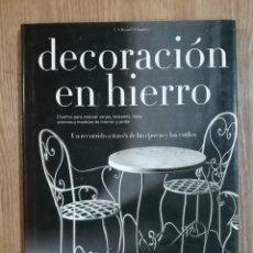 Libros de segunda mano: DECORACIÓN EN HIERRO DE CARLO AMEDEO. Lote 204113572