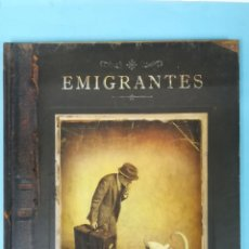 Livres d'occasion: EMIGRANTES. SHAUN TAN.. Lote 204420613