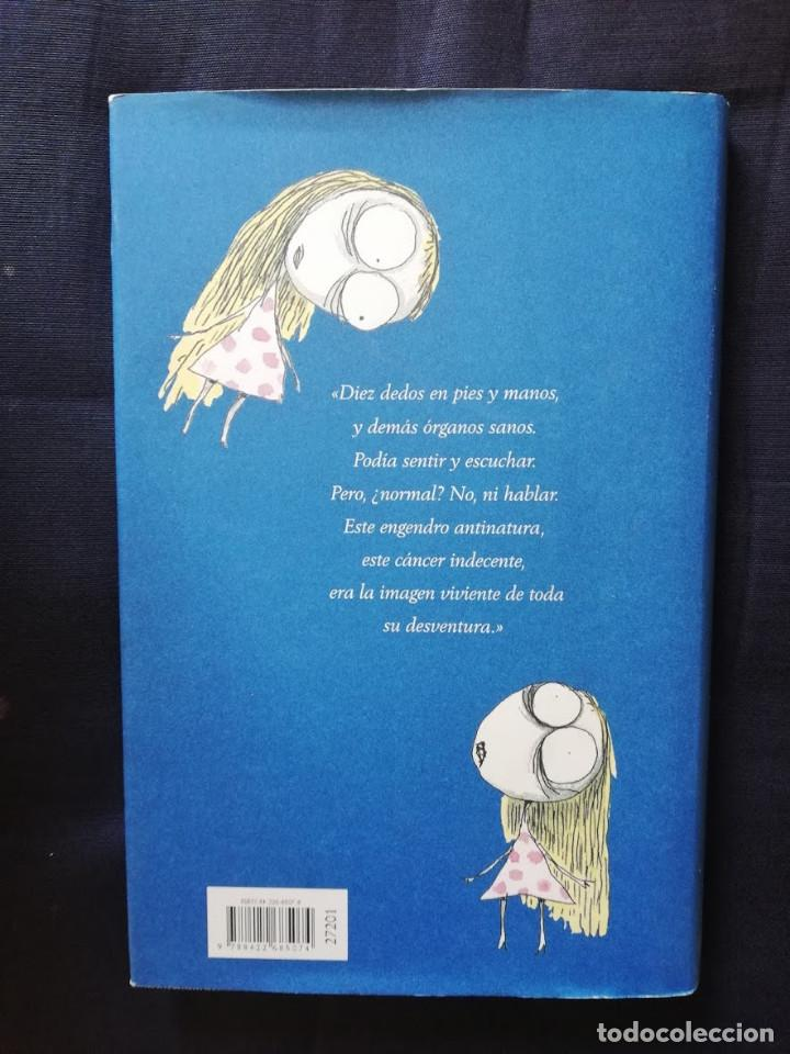 Libros de segunda mano: LA MELANCÓLICA MUERTE DE CHICO OSTRA -CÍRCULO DE LECTORES -EDICIÓN BILINGÜE - Foto 2 - 209123782