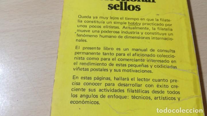 Libros de segunda mano: COMO COLECCIONAR SELLOS - JOSE REPOLLES - BRUGUERA U-202 OTROS - Foto 3 - 209772648