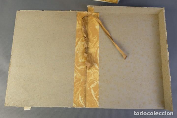 """Libros de segunda mano: Libro perteneciente a cuatro ejemplares especiales con texto estampado sobre papel """"verjurat Castell - Foto 4 - 209971290"""