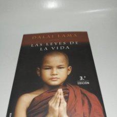 Libros de segunda mano: DALAI LAMA - LAS LEYES DE LA VIDA. Lote 210256942