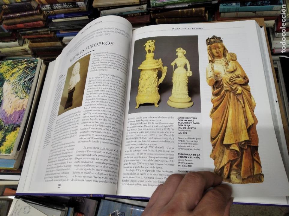 Libros de segunda mano: HISTORIA ILUSTRADA DE LAS ANTIGÜEDADES. HUON MALLALIEU . ED. LIBSA. 2000. RELOJES, JUGUETES, ARMAS - Foto 27 - 210702695