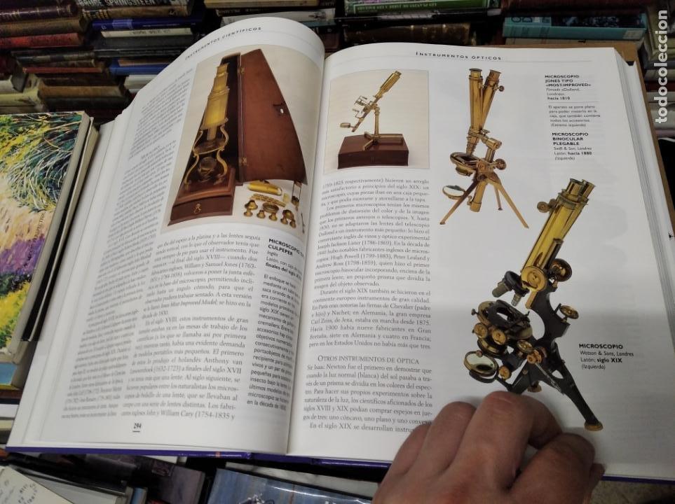 Libros de segunda mano: HISTORIA ILUSTRADA DE LAS ANTIGÜEDADES. HUON MALLALIEU . ED. LIBSA. 2000. RELOJES, JUGUETES, ARMAS - Foto 34 - 210702695