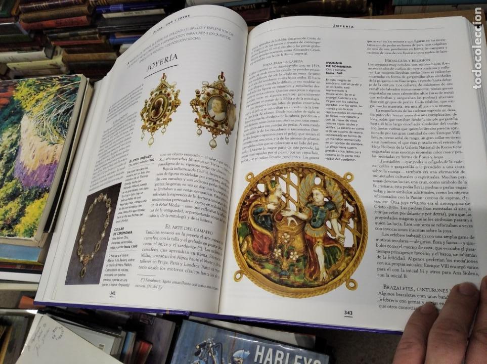 Libros de segunda mano: HISTORIA ILUSTRADA DE LAS ANTIGÜEDADES. HUON MALLALIEU . ED. LIBSA. 2000. RELOJES, JUGUETES, ARMAS - Foto 37 - 210702695