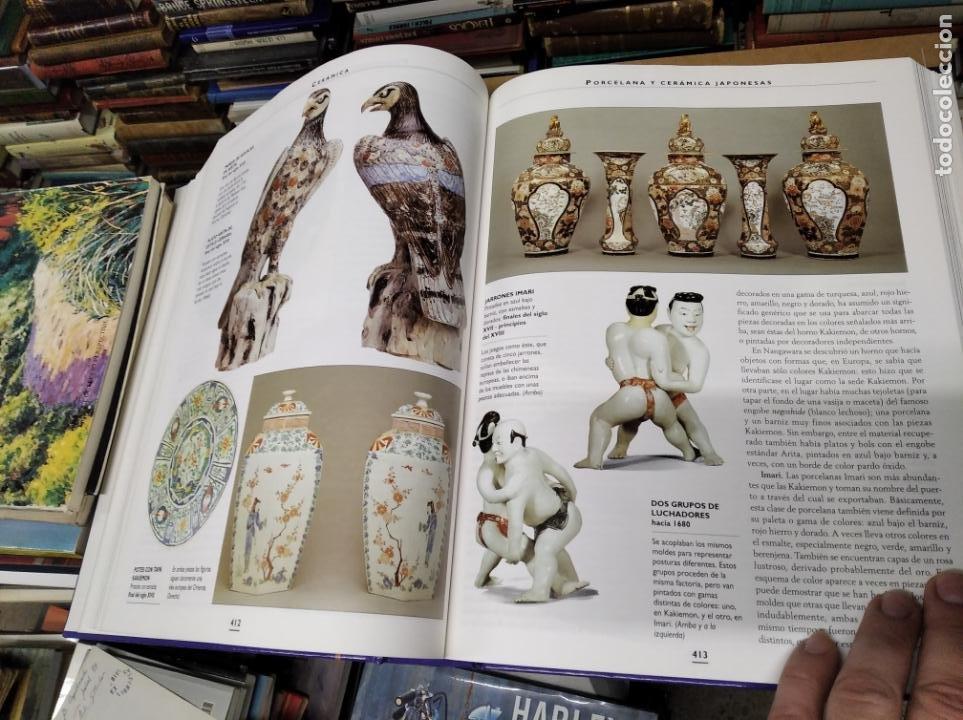 Libros de segunda mano: HISTORIA ILUSTRADA DE LAS ANTIGÜEDADES. HUON MALLALIEU . ED. LIBSA. 2000. RELOJES, JUGUETES, ARMAS - Foto 43 - 210702695