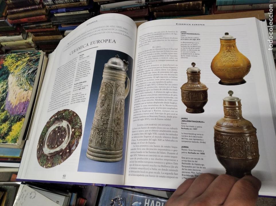 Libros de segunda mano: HISTORIA ILUSTRADA DE LAS ANTIGÜEDADES. HUON MALLALIEU . ED. LIBSA. 2000. RELOJES, JUGUETES, ARMAS - Foto 45 - 210702695