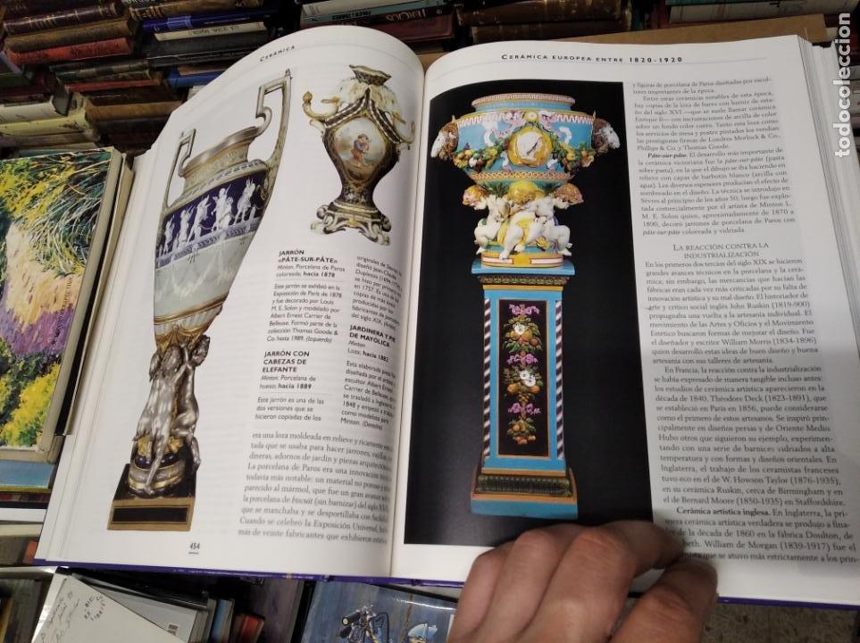 Libros de segunda mano: HISTORIA ILUSTRADA DE LAS ANTIGÜEDADES. HUON MALLALIEU . ED. LIBSA. 2000. RELOJES, JUGUETES, ARMAS - Foto 47 - 210702695