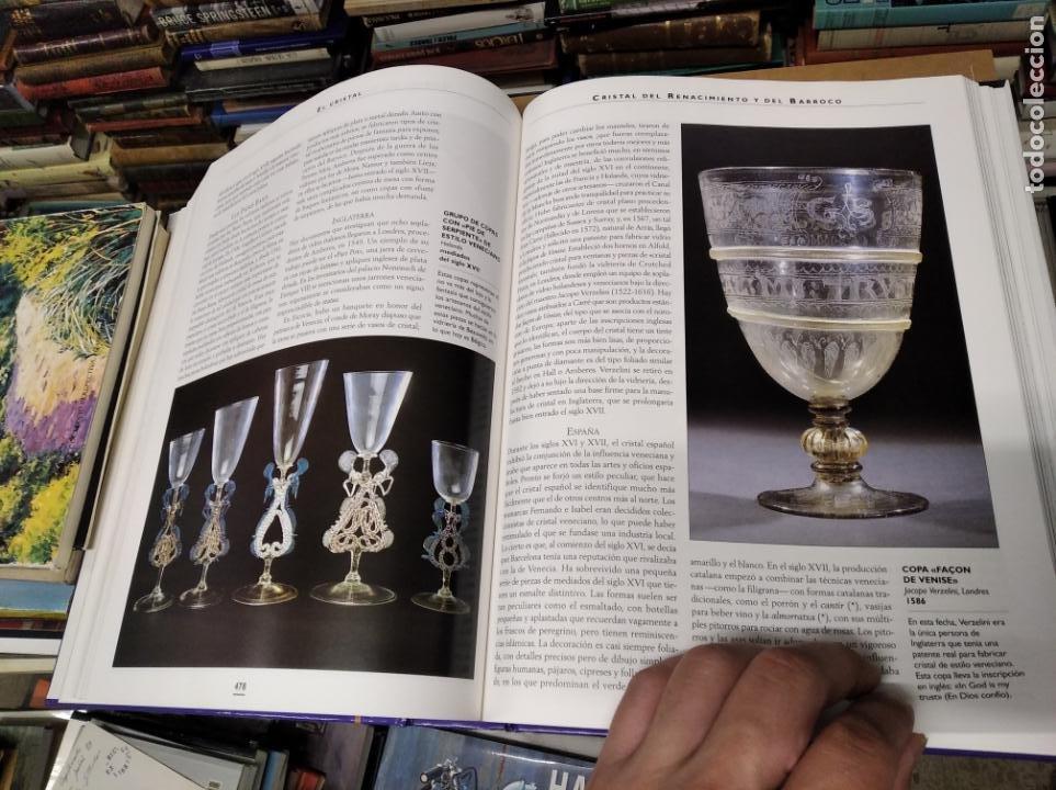 Libros de segunda mano: HISTORIA ILUSTRADA DE LAS ANTIGÜEDADES. HUON MALLALIEU . ED. LIBSA. 2000. RELOJES, JUGUETES, ARMAS - Foto 50 - 210702695