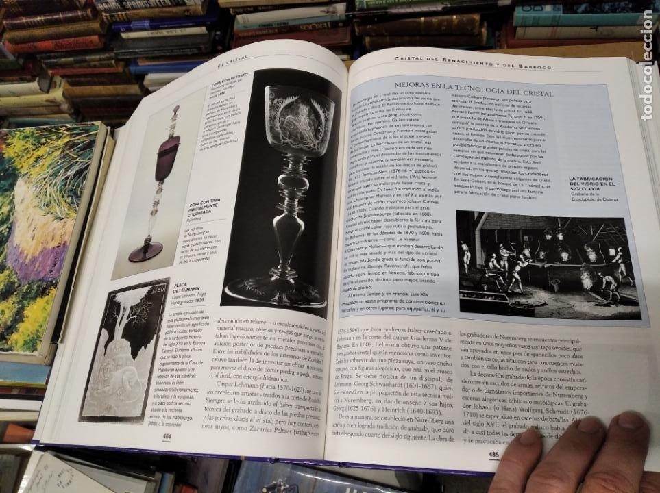 Libros de segunda mano: HISTORIA ILUSTRADA DE LAS ANTIGÜEDADES. HUON MALLALIEU . ED. LIBSA. 2000. RELOJES, JUGUETES, ARMAS - Foto 51 - 210702695