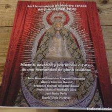 Libros de segunda mano: SEMANA SANTA SEVILLA, LA HERMANDAD DE NTRA.SRA.DEL JUNCAL, 223 PAGINAS, 2020, JUAN MANUEL BERMUDEZ Y. Lote 212762088