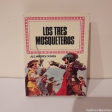 Libros de segunda mano: LOS TRES MOSQUETEROS. ALEJANDRO DUMAS. MINILIBRO HISTORIAS INFANTIL. Lote 214948338