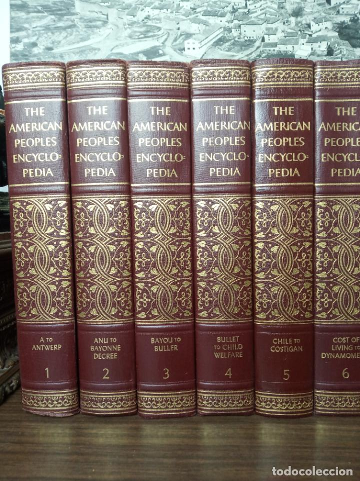 Libros de segunda mano: The american peoples encyclopedia. A Modern reference work. 20 volúmenes. New York. 1965. - Foto 2 - 217124823