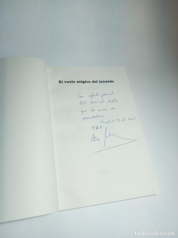 Libros de segunda mano: El vuelo mágico del iniciado. Faustino Merchán Gabaldón. Firmado y dedicado. Nostrum. 2014. - Foto 2 - 218096290