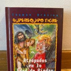 Libros de segunda mano: ATRAPADOS EN LA EDAD DE PIEDRA. Lote 218220731