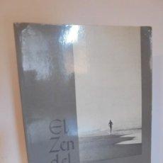 Libros de segunda mano: EL ZEN DE CORRER. FRED ROHE. EDITORIAL INTEGRAL 1979.. Lote 218511517