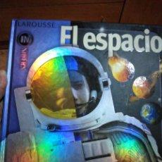 Libros de segunda mano: EL ESPACIO INSIDERS LAROUSSE. Lote 219123921