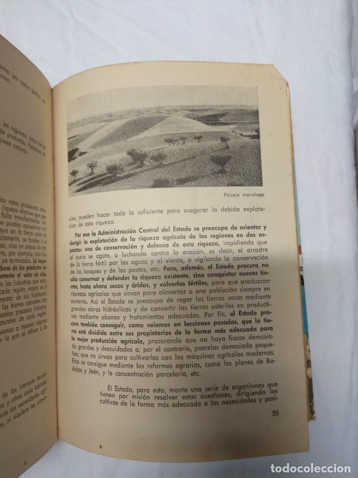 Libros de segunda mano: Formación politico-social. Tercer curso de bachillerato. - Foto 5 - 220855836