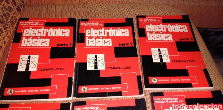 Libros de segunda mano: Electrónica básica 7 volúmenes editorial marcombo van valkenburgh años 70 - Foto 2 - 221597818