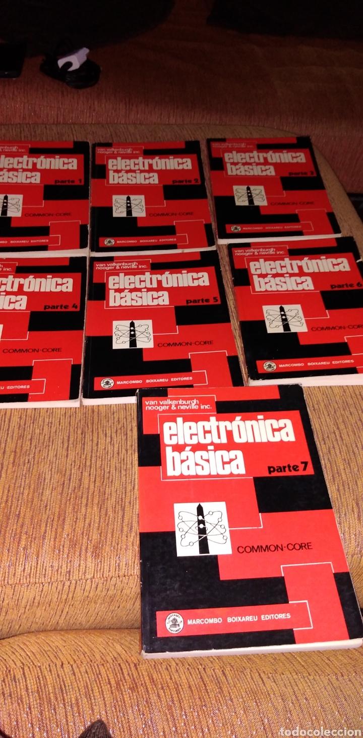 Libros de segunda mano: Electrónica básica 7 volúmenes editorial marcombo van valkenburgh años 70 - Foto 4 - 221597818