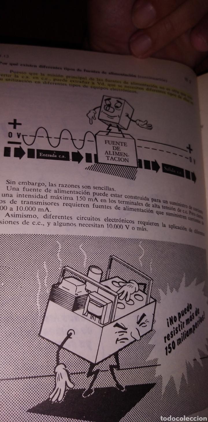 Libros de segunda mano: Electrónica básica 7 volúmenes editorial marcombo van valkenburgh años 70 - Foto 7 - 221597818