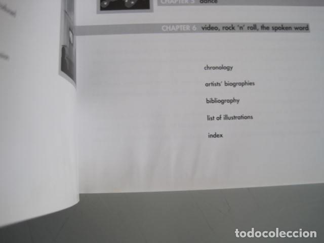 Libros de segunda mano: PERFORMANCE LIVE ART SINCE THE 60s. SIGNED BY THE AUTHOR.ROSELEE GOLDBERG. ARTE EN VIVO DESDE LOS 60 - Foto 13 - 222028013
