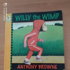 Libros de segunda mano: WILLY THE WIMP. Lote 222091985