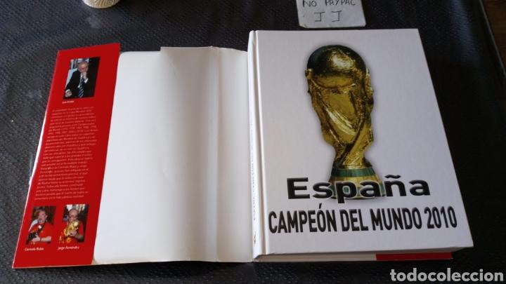 Libros de segunda mano: Gran libro españa campeon del mundo 2010 fútbol real federación española ver fotos estado - Foto 3 - 222856320