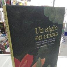 Libros de segunda mano: MODERNIDAD Y TRADICION EN EL ARTE DE LA CHINA DEL SIGLO XX ANDREWS, JULIA F. GUGGENHEIM BILBAO. Lote 224308951