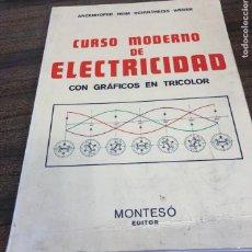 Libros de segunda mano: CURSO MODERNO DE ELECRICIDAD, CON GRÁFICOS EN TRICOLOR.. Lote 226262510