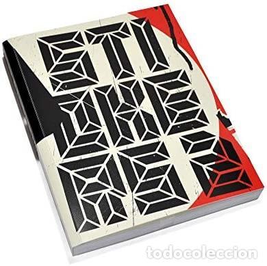 LIBRO STICKERS 2 URBAN STICKER ART ED. GESTALTEN NUEVO (Libros de Segunda Mano - Bellas artes, ocio y coleccionismo - Otros)