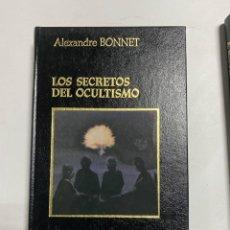 Libros de segunda mano: LOS SECRETOS DEL OCULTISMO. ALEXANDRE BONNET. AMIGOS DO LIVRO EDITORES. PAGS: 319. Lote 228459615