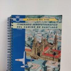 Livros em segunda mão: ITINERARIO AEROFOTOGRAFICO DEL CAMINO DE SANTIAGO EJERCITO DEL AIRE MINISTERIO DE DEFENSA SIN CD. Lote 228606155