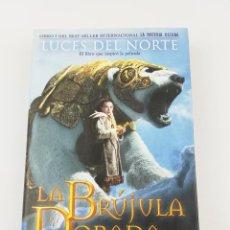 Livros em segunda mão: LA BRUJULA DORA PHILIP PULLMAN. Lote 230096390