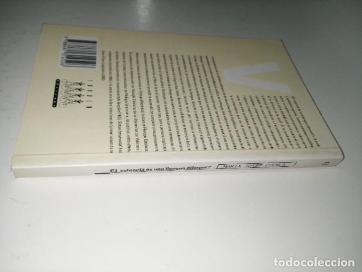 Libros de segunda mano: El valencià és una llengua diferent? - Cuenca, Maria Josep - Foto 2 - 233764325