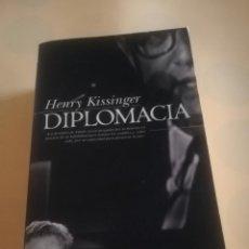 Libros de segunda mano: DIPLOMACIA. HENRY KISSINGER. EDICIONES GRUPO ZETA. 2000.. Lote 234755760