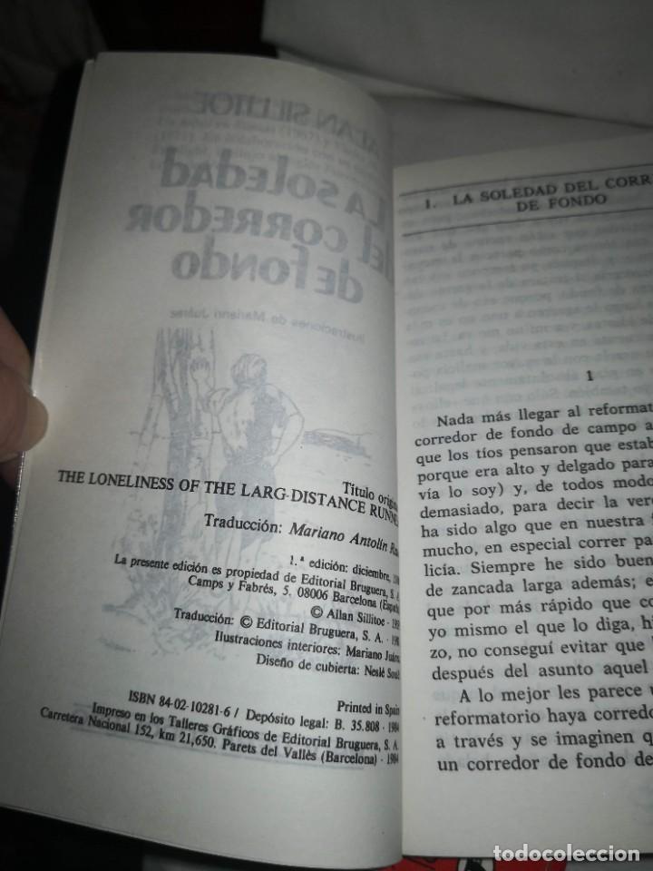 Libros de segunda mano: LA SOLEDAD DEL CORREDOR DE FONDO Y 2 TÍTULOS MÁS - Foto 3 - 235612380