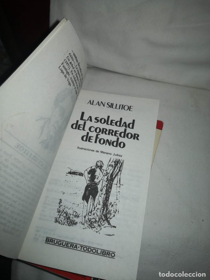 Libros de segunda mano: LA SOLEDAD DEL CORREDOR DE FONDO Y 2 TÍTULOS MÁS - Foto 4 - 235612380