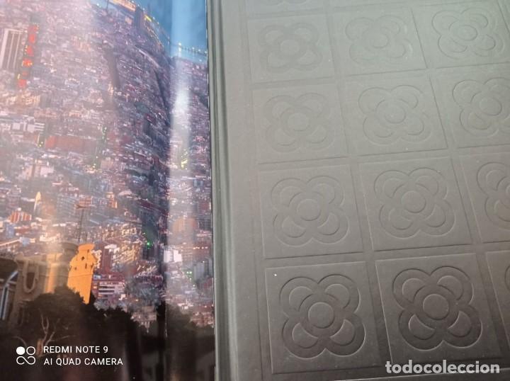 Libros de segunda mano: BARCELONA (PRÓLOGO MANUEL VÁZQUEZ MONTALBAN) 1999 FOTOGRAFÍAS PERE VIVAS & FRANCISCO ONTAÑÓN - Foto 2 - 236566905
