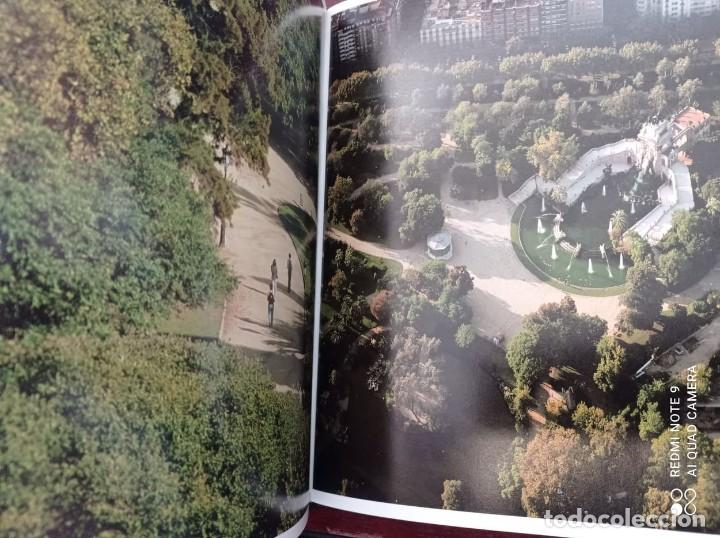 Libros de segunda mano: BARCELONA (PRÓLOGO MANUEL VÁZQUEZ MONTALBAN) 1999 FOTOGRAFÍAS PERE VIVAS & FRANCISCO ONTAÑÓN - Foto 13 - 236566905