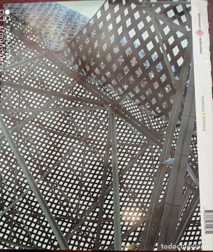 Libros de segunda mano: BARCELONA (PRÓLOGO MANUEL VÁZQUEZ MONTALBAN) 1999 FOTOGRAFÍAS PERE VIVAS & FRANCISCO ONTAÑÓN - Foto 18 - 236566905
