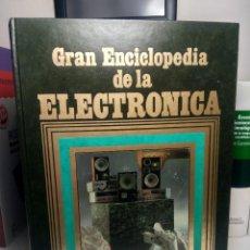 Libros de segunda mano: GRAN ENCICLOPEDIA DE LA ELECTRÓNICA - EDICIONES NUEVA LENTE, 1984 - TOMO 8. Lote 237083210