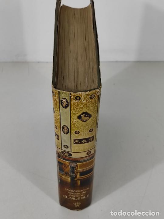 Libros de segunda mano: Colecciones Reales de España El Mueble - L. Feduchi - Editorial Patrimonio Nacional - Año 1965 - Foto 3 - 237250875