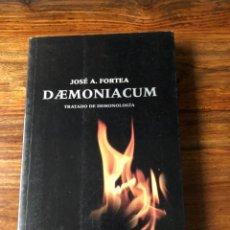 Libros de segunda mano: DAEMONIACUM. TRATADO DE DEMONOLOGÍA. PADRE JOSÉ A, FOTEA. BELACQUA. SATANISMO. EXORCISMO. Lote 241995460