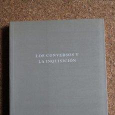 Libros de segunda mano: LOS CONVERSOS Y LA INQUISICIÓN. GIL (JUAN) (ED.) SEVILLA, FUNDACIÓN EL MONTE, 2000.. Lote 242144700
