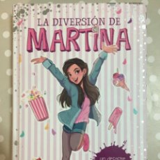 Libri di seconda mano: LA DIVERSIÓN DE MARTINA. UN DESASTRE DE CUMPLEAÑOS.. Lote 242405110